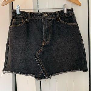 NWOT! Black raw hem jean mini skirt